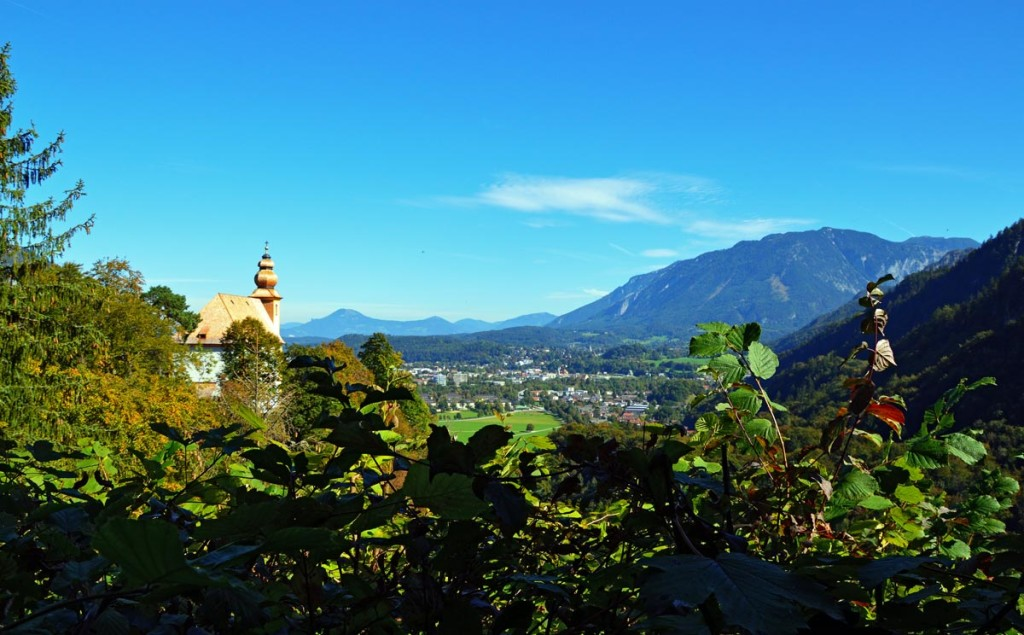 Blick zum Pankrazkircherl und zur Alpenstadt Bad Reichenhall