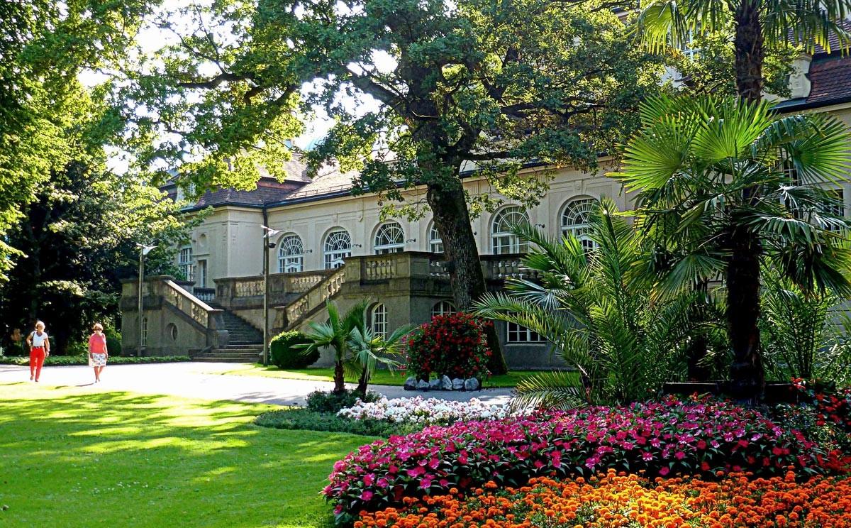 Blütenmeer und exotische Pflanzen im Königlichen Kurgarten Bad Reichenhall