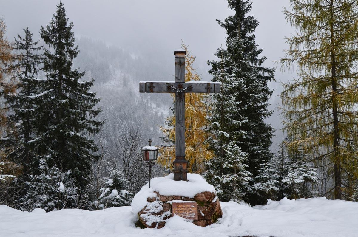 Das Gipfelkreuz auf dem Brandkopf