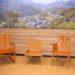 Holzstühle für die Touristinfo