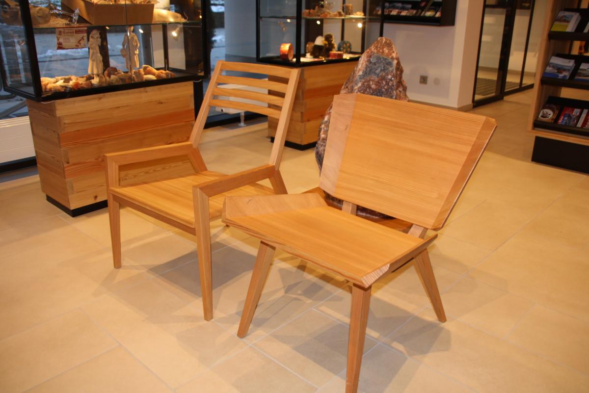 Holzstühle für die Touristinfo Berchtesgaden