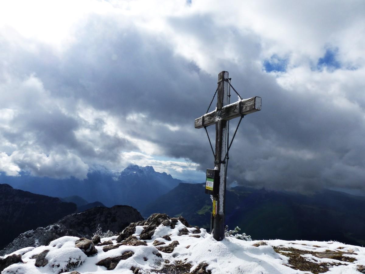 Gipfelkreuz Weitschartenkopf © Ann-Kathrin Helbig