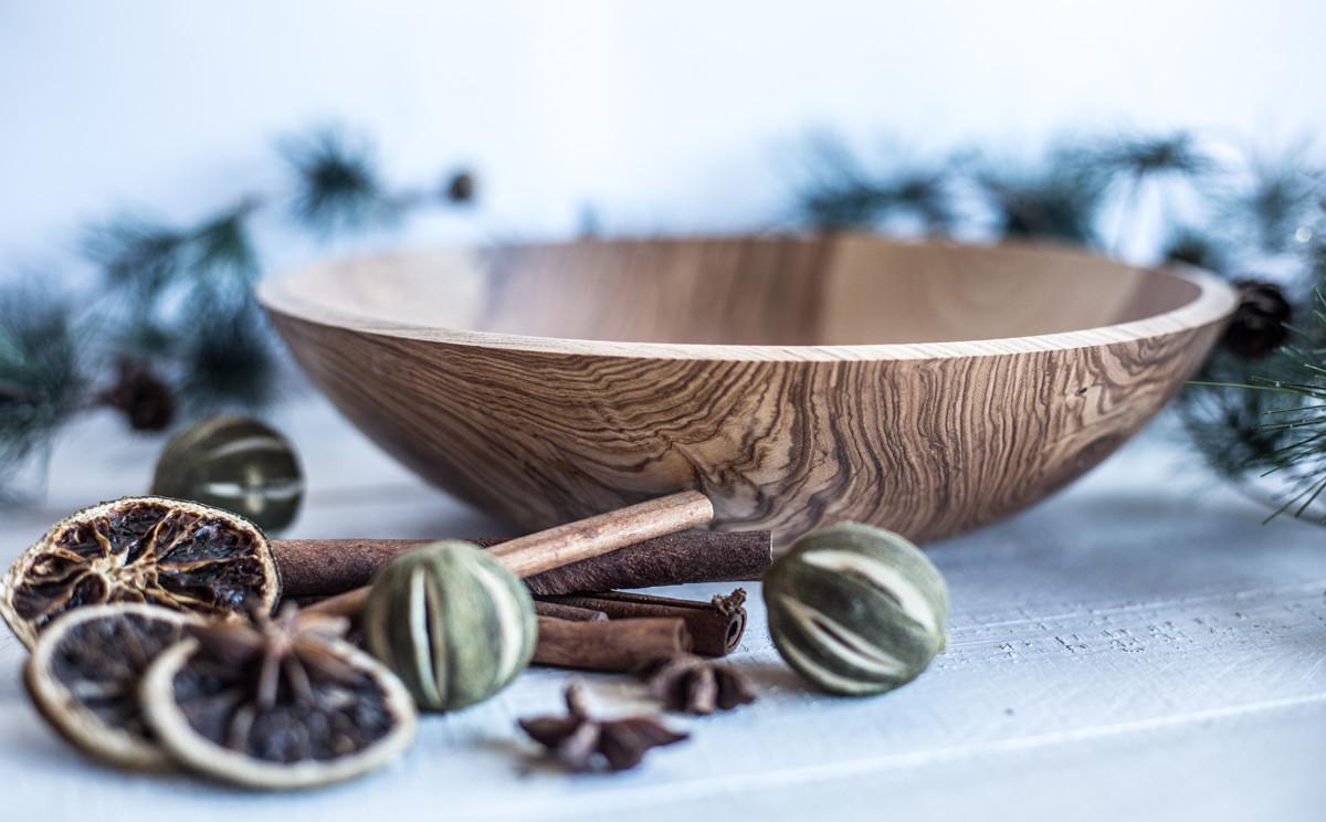 Gedrechselte Holzschale von Ginger Wood
