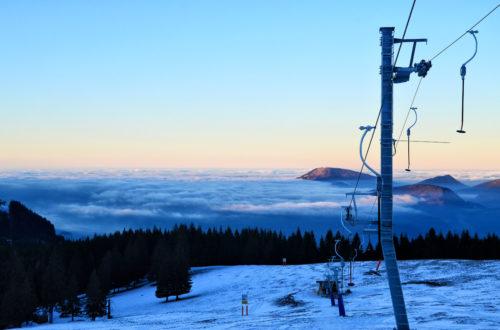 Blick über das nebelbedeckte Salzachtal