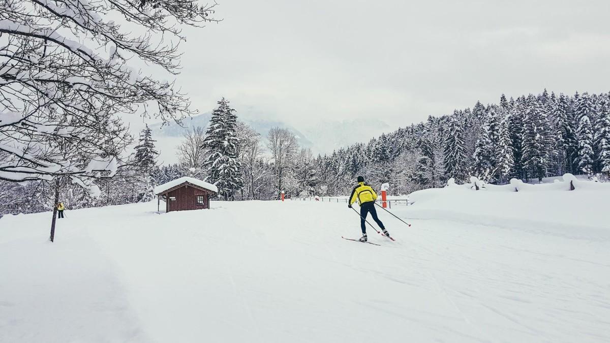 Perfekte Loipen Bedingungen für Skating und klassischen Langlauf