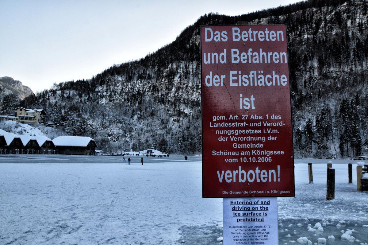 Das Betreten der Eisfläche ist verboten