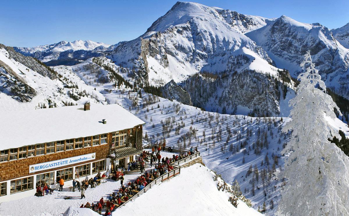 Jenner Bergstation und Restaurant mit Terrasse