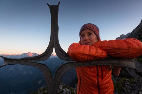 Nina Schlesner bei Vollmond auf dem Mooslahnerkopf © Klaus Fengler