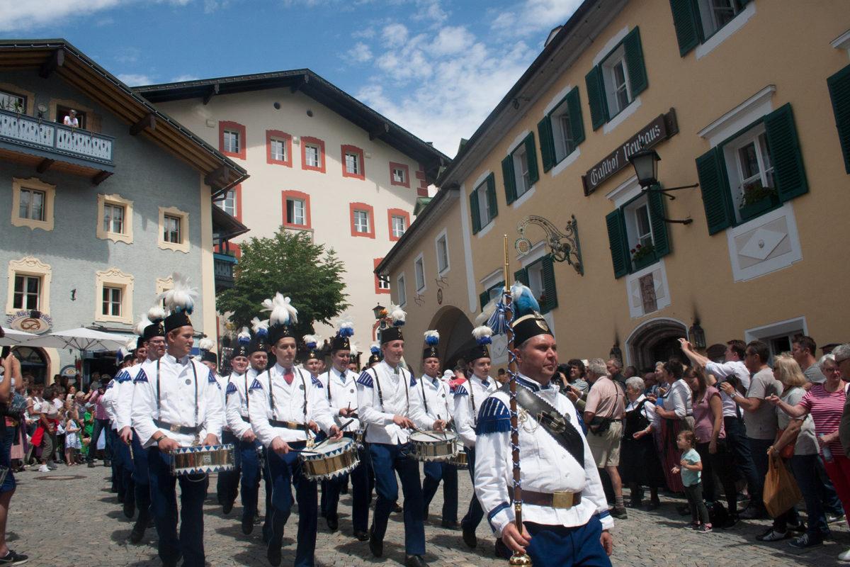 . Das traditionelle Bergfest der Bergknappen am 5. Juni wurde zum Höhepunkt der 500-Jahres-Feierlichkeiten des Salzbergwerks Berchtesgaden