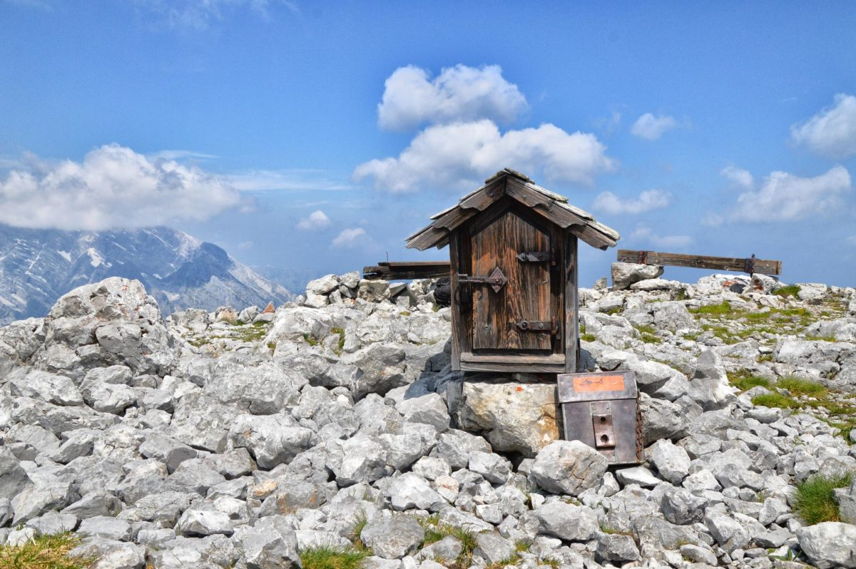 Kahlersberg: Gipfel ohne Gipfelkreuz