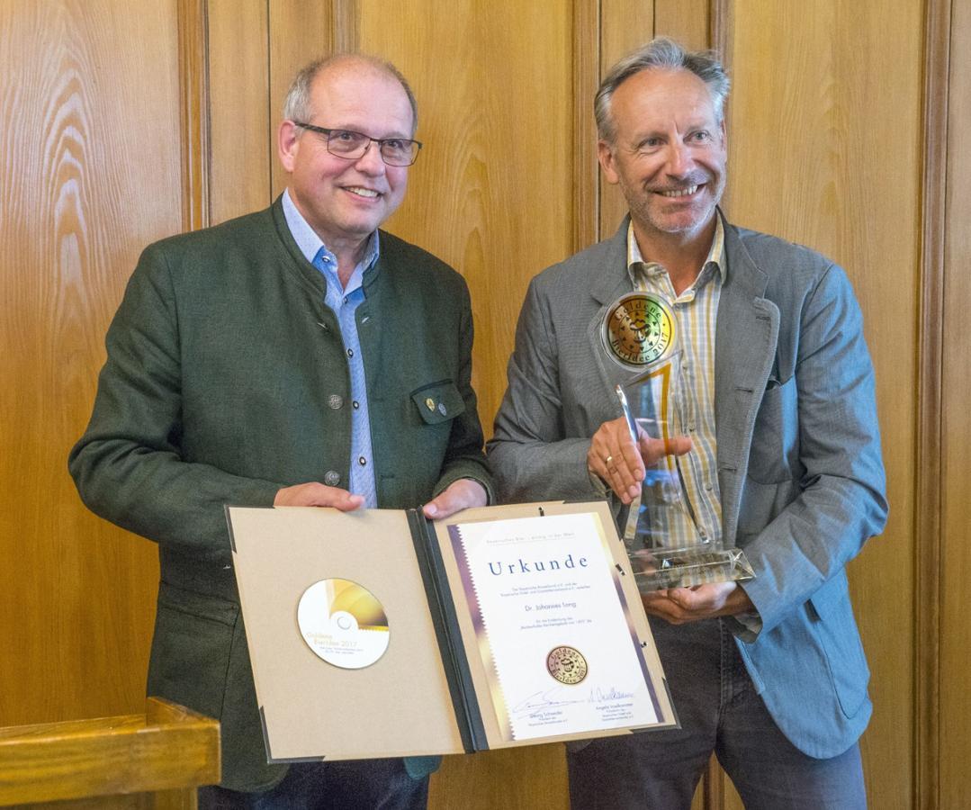 Christoph Graschberger und Dr. Lang © Private Alpenbrauerei Bürgerbräu Bad Reichenhall