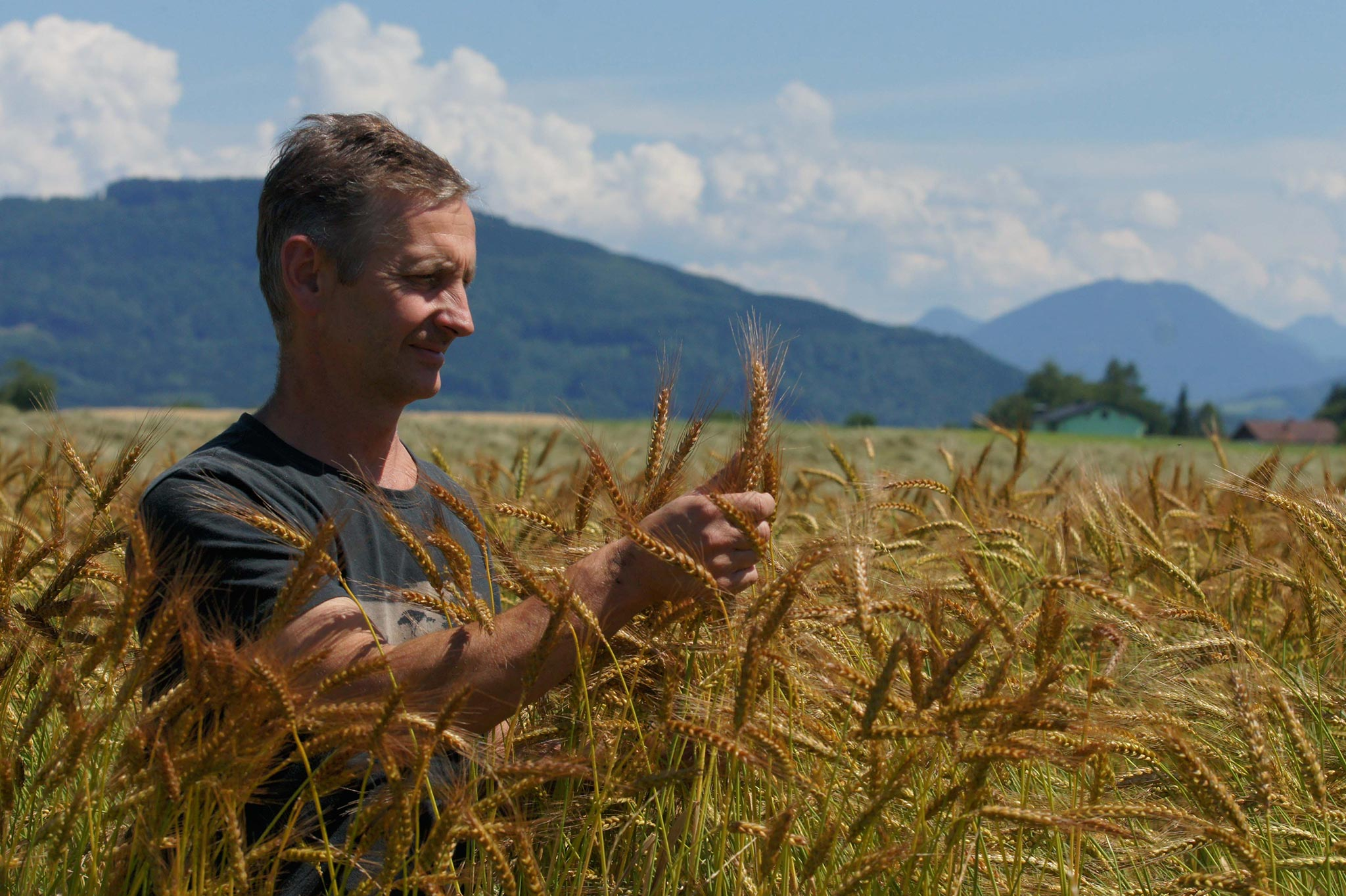 Landwirtschaft Archive - Berchtesgadener Land Blog   {Junger landwirt bei der arbeit 79}