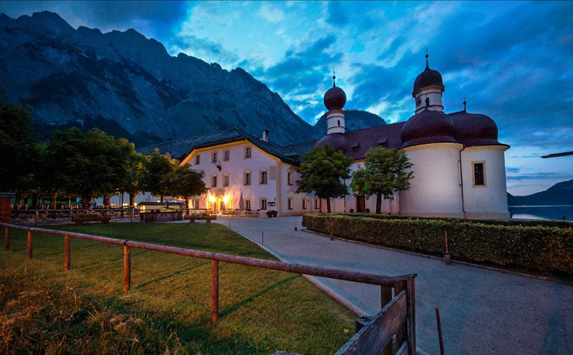 Königsserenade: St. Bartholomä am Abend erleben