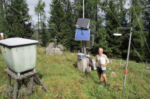 Seit 1991 betreut Nationalpark-Mitarbeiter Stefan Donath die Waldklimastation am Watzmann im Nationalpark Berchtesgaden.