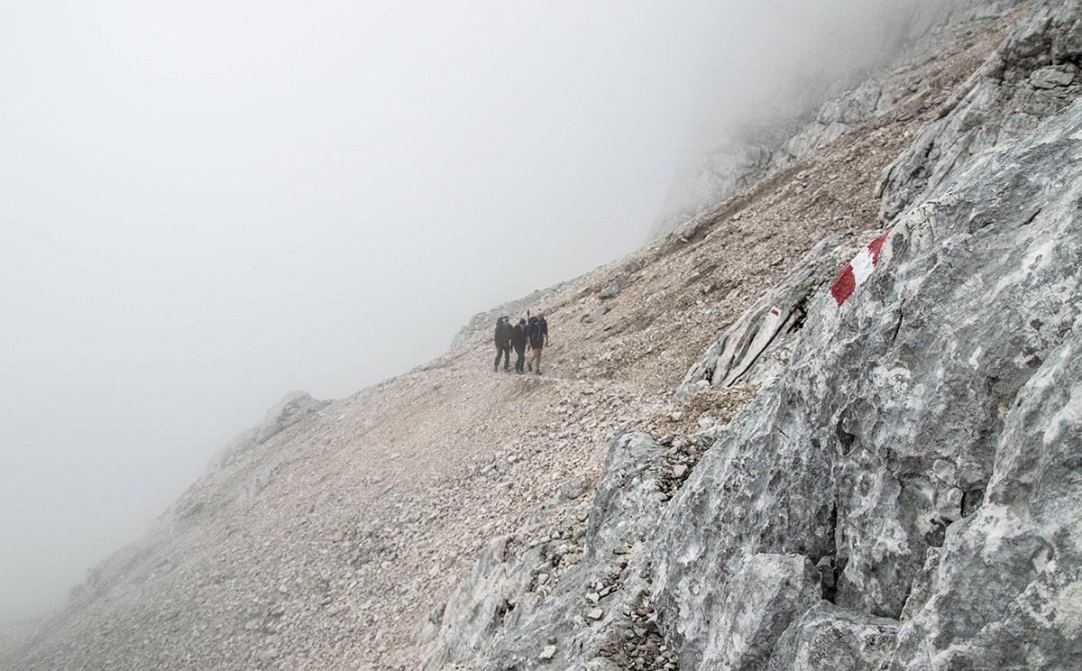 Im Nebel über die Reiter Alm