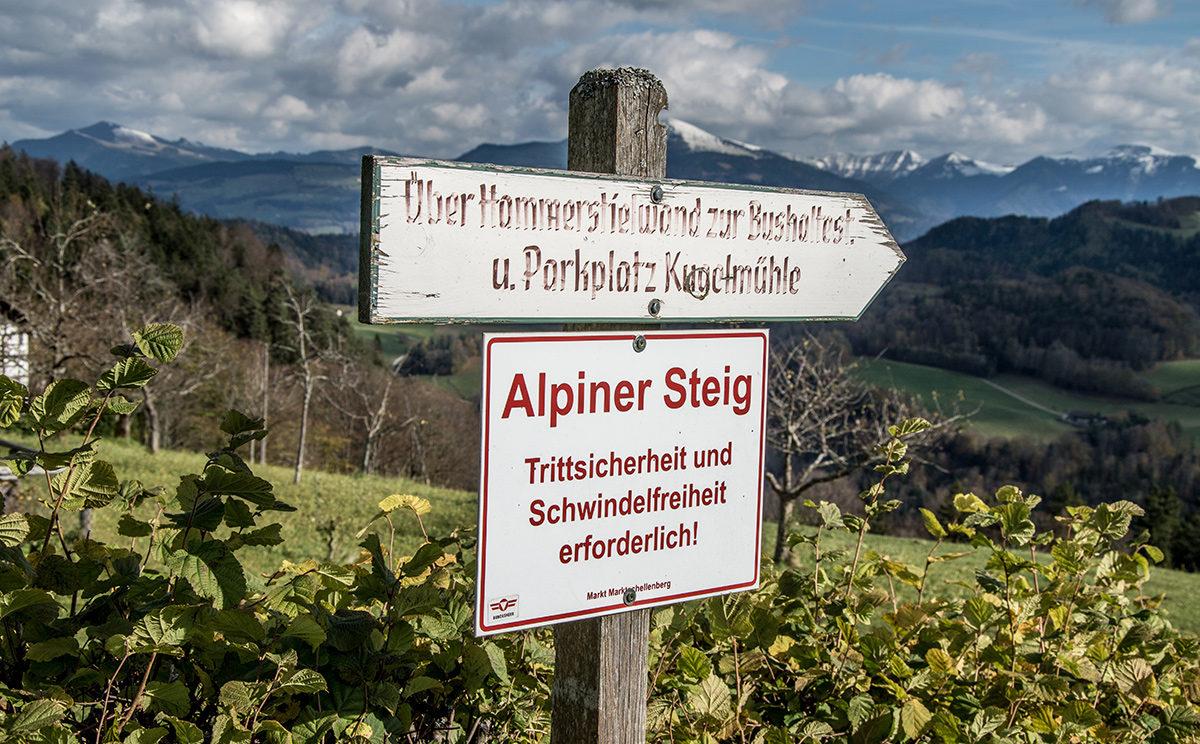 Alpiner Steig über Hammerstielwand