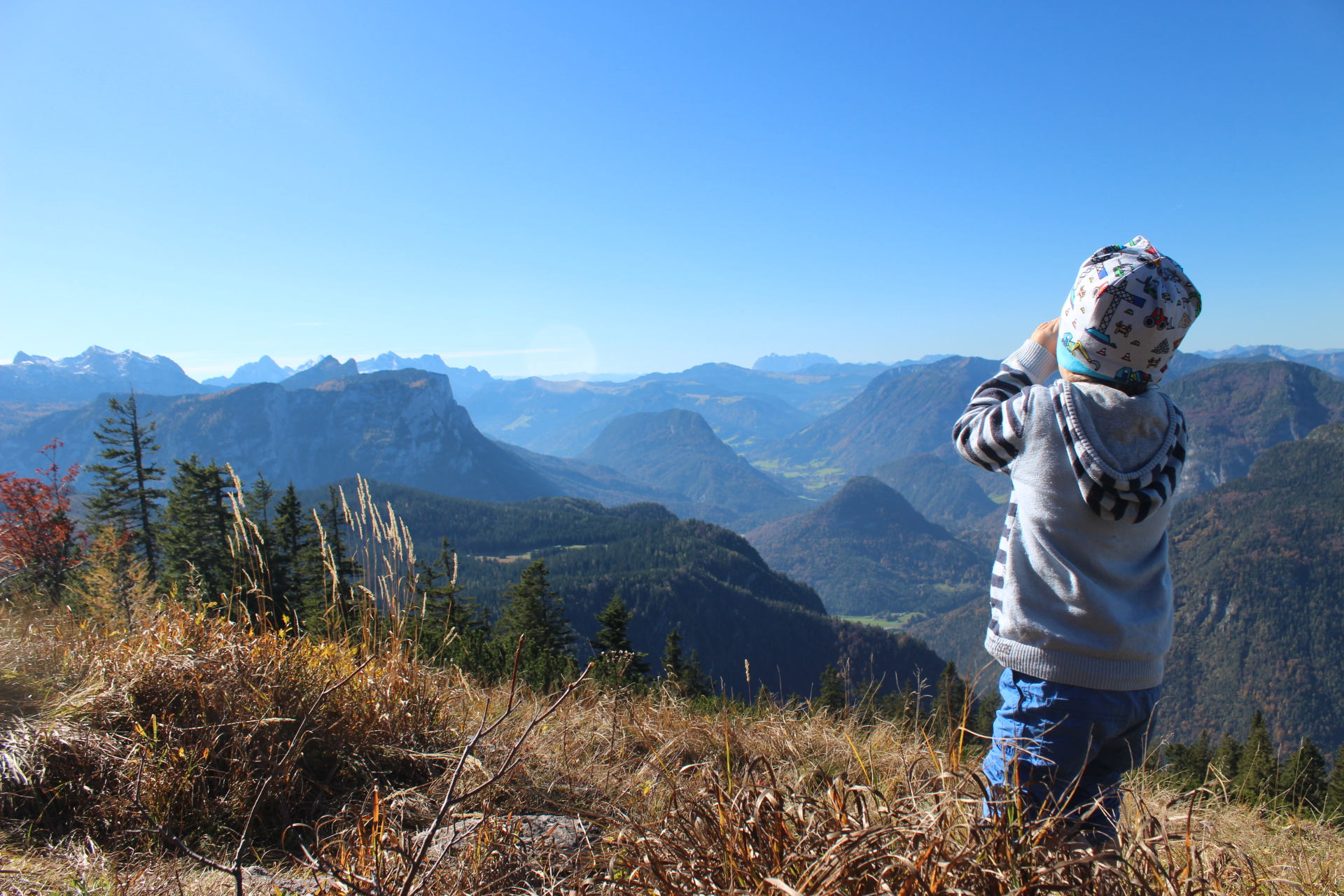 Schönste Aussicht auf die Bergwelt ringsrum den Predigtstuhl