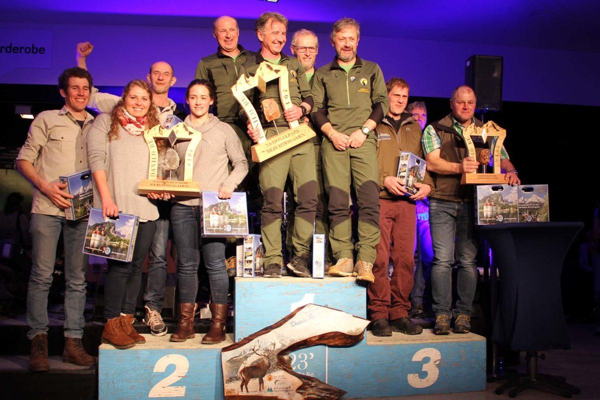 """Nicht zu schlagen beim 23. alpenweiten Treffen der Schutzgebiets-Mitarbeiter """"Memorial Danilo Re 2018"""" war das Team aus dem italienischen Nationalpark Gran Paradiso. Punktgleich auf Platz zwei lagen die Mannschaft aus dem Nationalpark Hohen Tauern Salzburg (l.) und die Ranger aus dem Nationalpark Berchtesgaden."""