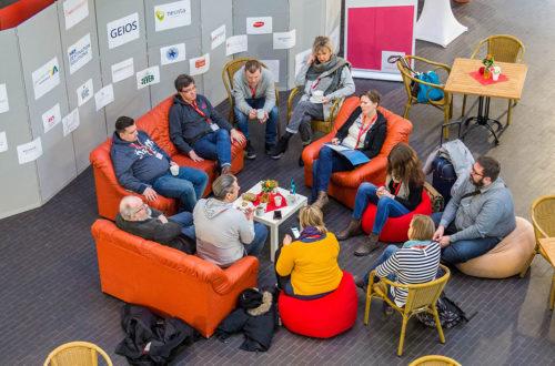 Wie beim Tourismuscamp 2017 in Ostfriesland werden nächstes Wochenende im AlpenCongress Berchtesgaden zahlreiche intensive Gespräche, Workshops und Vorträge zu Zukunft und Chancen der Branche angeboten © Tourismuszukunft / GregSnell