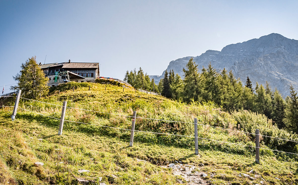 Das Purtschellerhaus am Eckerfist, einem Nordausläufer des Hohen Göll