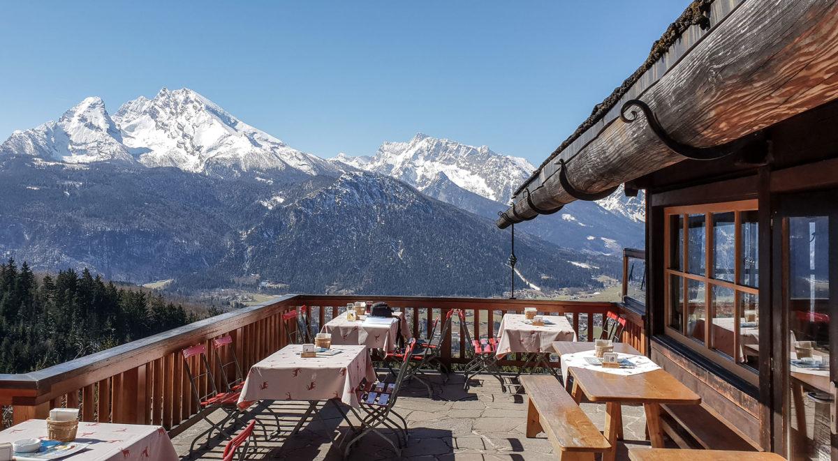 Die Terrasse des Windbeutelbarons, Gasthaus Graflhöhe