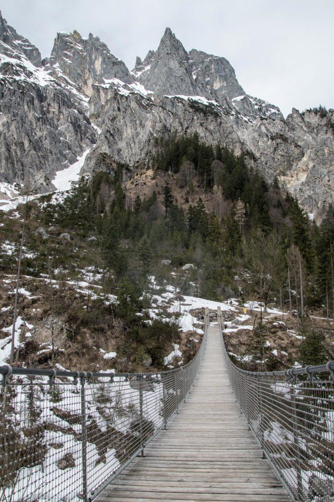 Die Hängebrücke im Klausbachtal