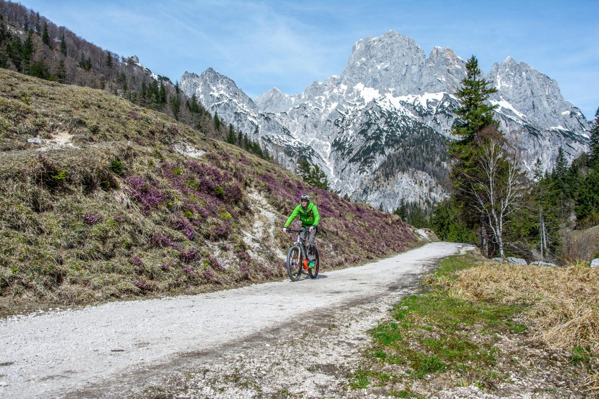 Mit dem E-Bike zur Bindalm