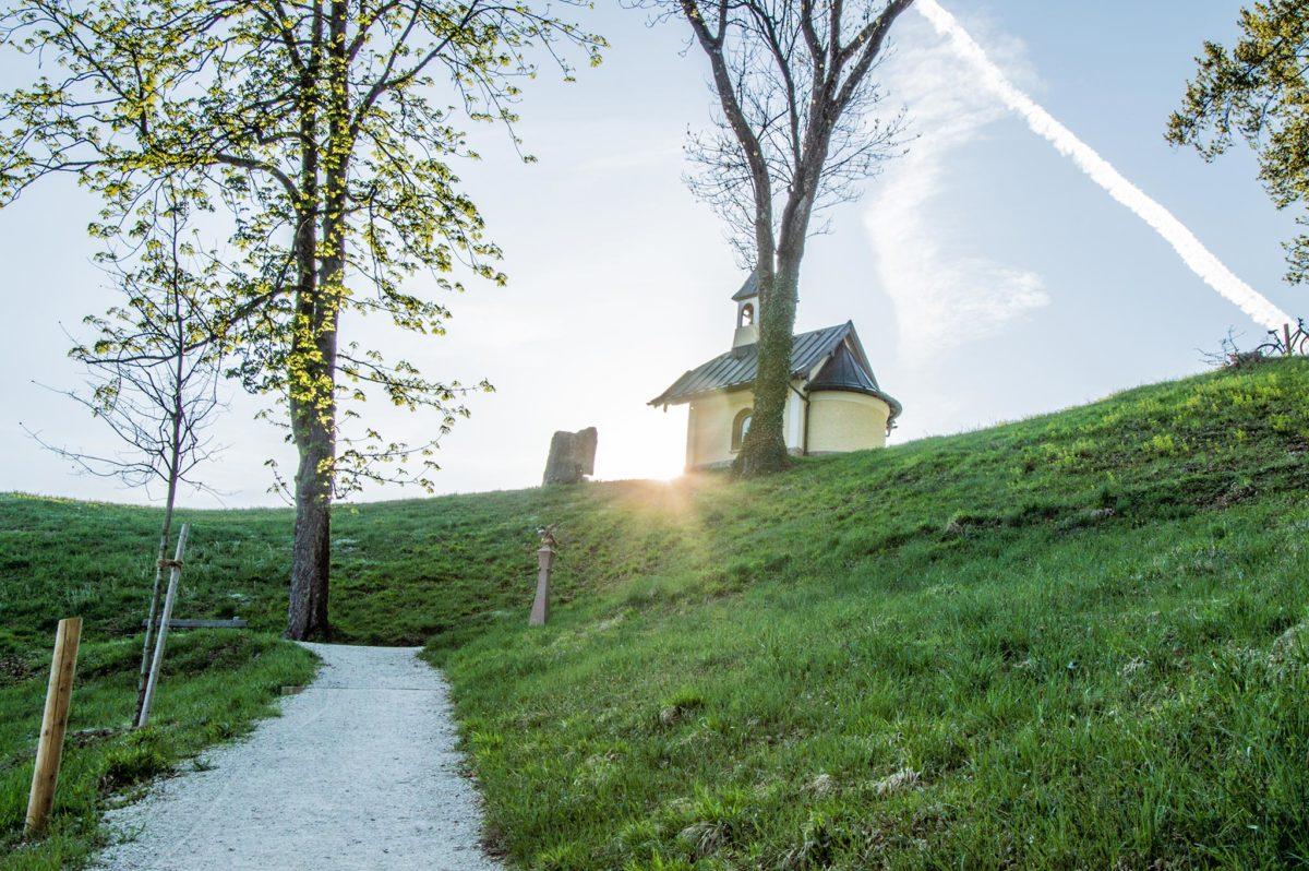 Die Kapelle der Seligpreisung am Mitterweinfeld