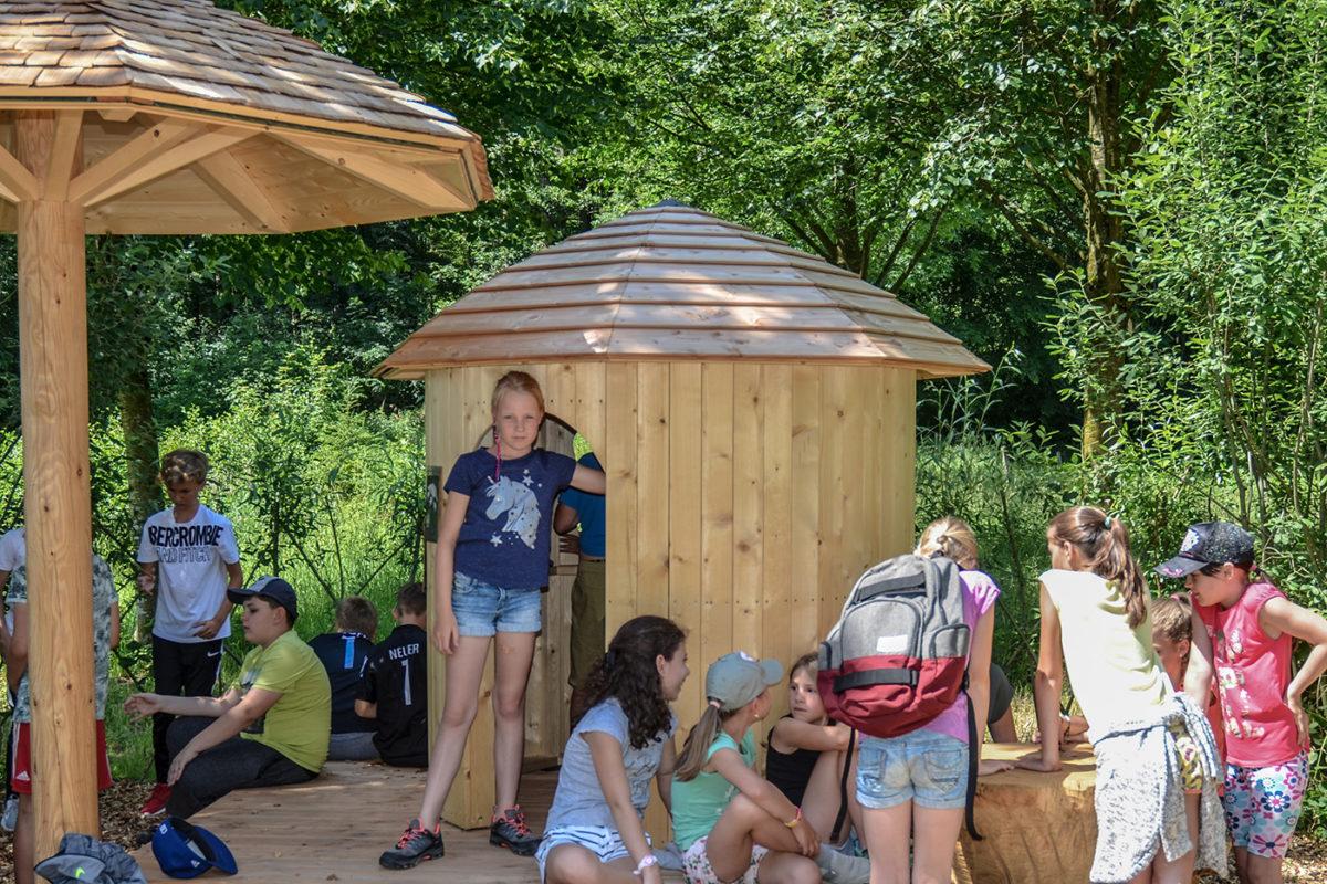 Erlebnisstation im Rahmen des Kinderwanderweges in Saaldorf © Biosphärenregion BGL