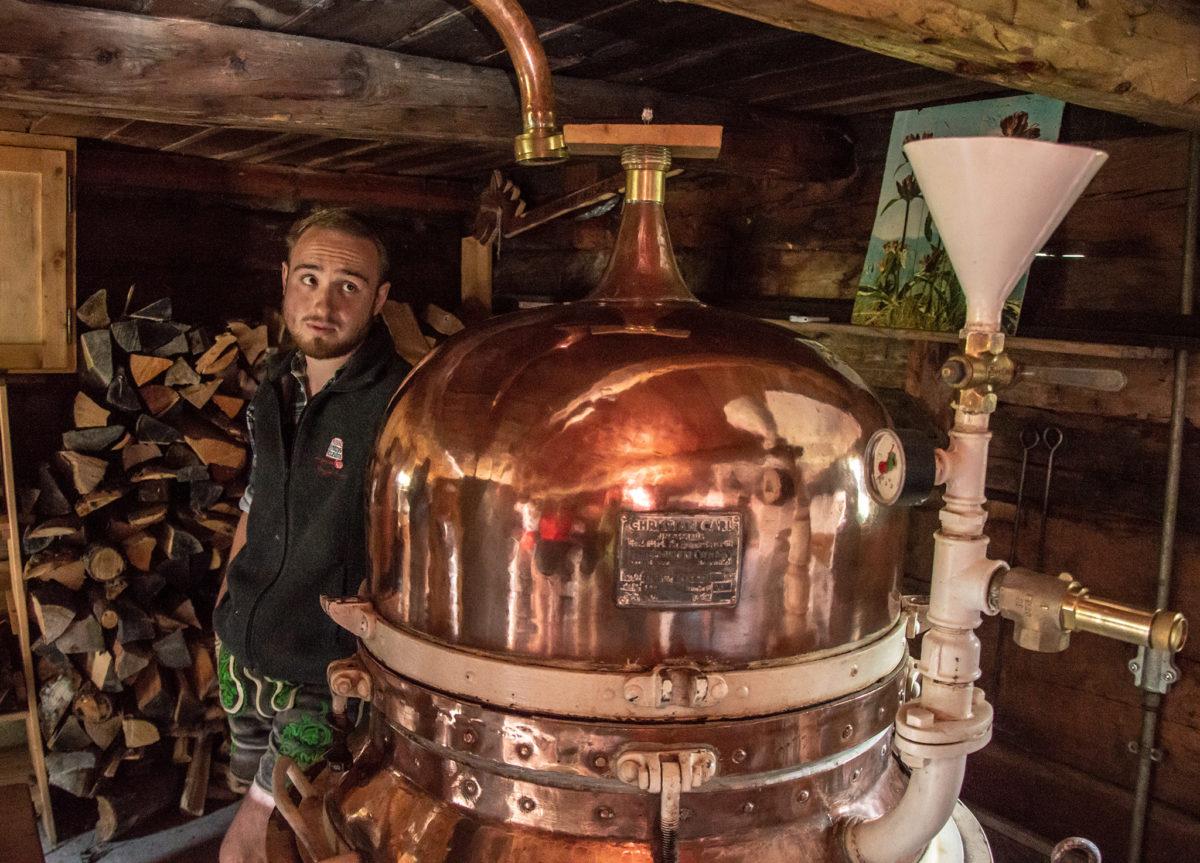 Der Bergbrenner in seiner Brennhütte