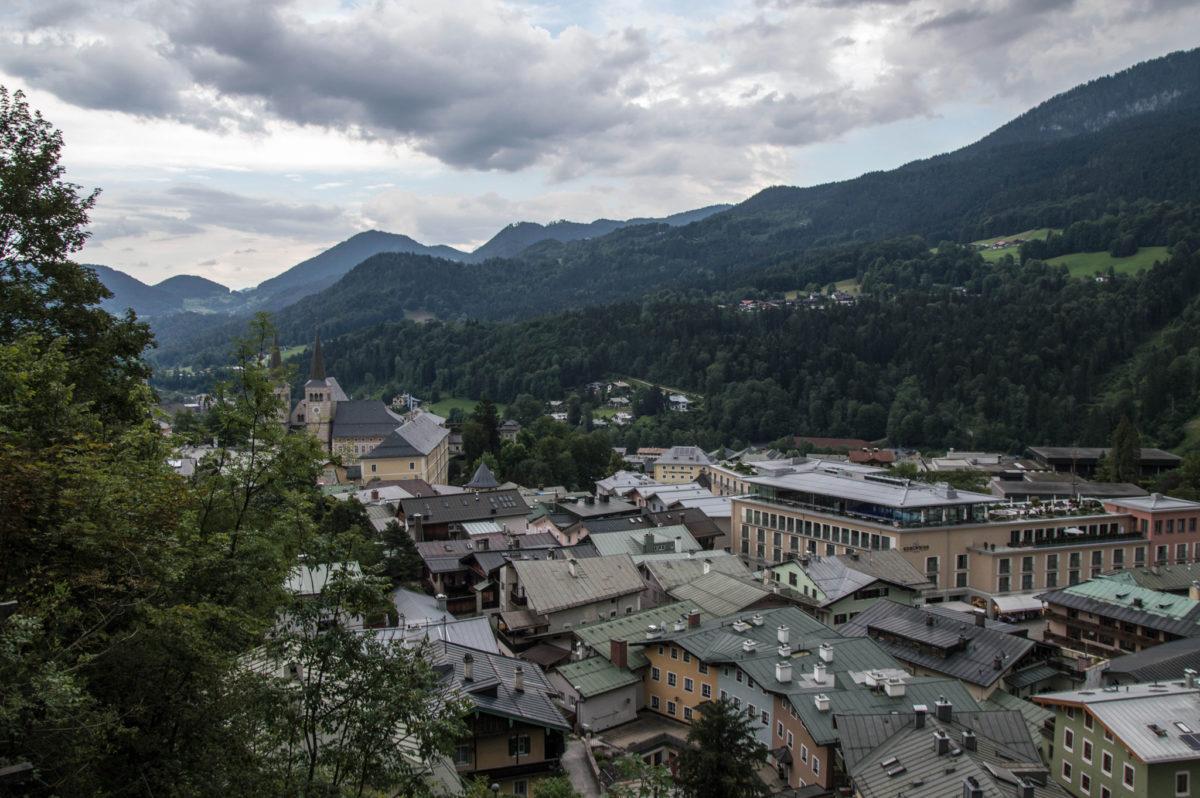 Blick über den Markt vom Hotel Edelweiss zur Stiftskirche