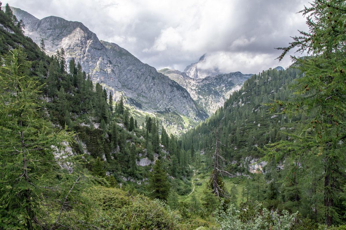 Die wolkenverhüllte Südspitze des Watzmanns