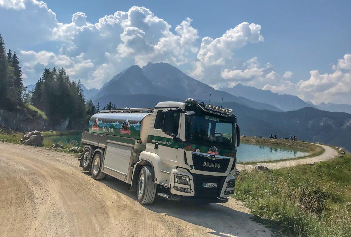Bergabauernmilch Tankwagen am Jenner Speicherteich