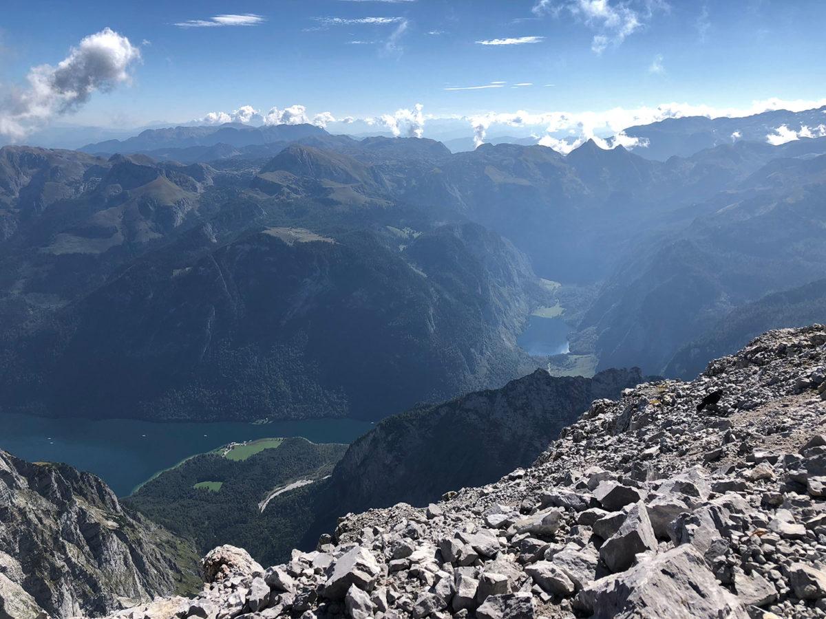 Von der Südspitze boten sich den Teilnehmern grandiose Tiefblicke auf Königssee und Obersee
