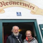 Familie Weinmann vom Mesnerwirt Ettenberg stellt dem TV-Team immer wieder gerne ihre Räumlichkeiten zur Verfügung