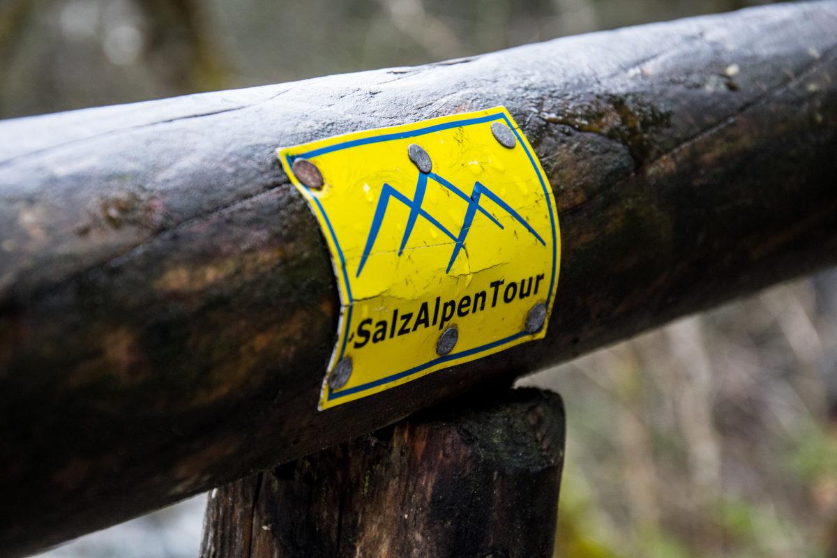 Der Weg durch den Zauberwald ist Teil der SalzAlpenTour Ramsauer Schattseitweg