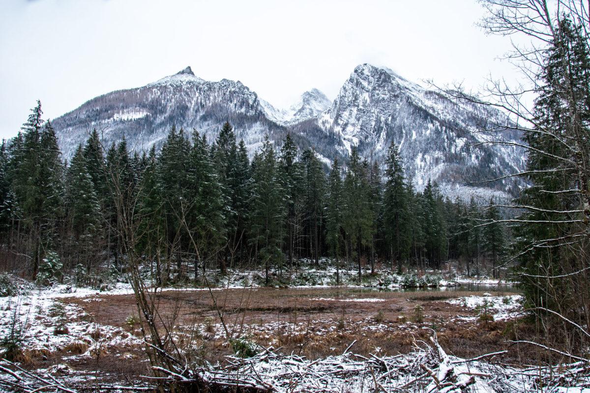 Blick über den Hintersee zum Hochkalter
