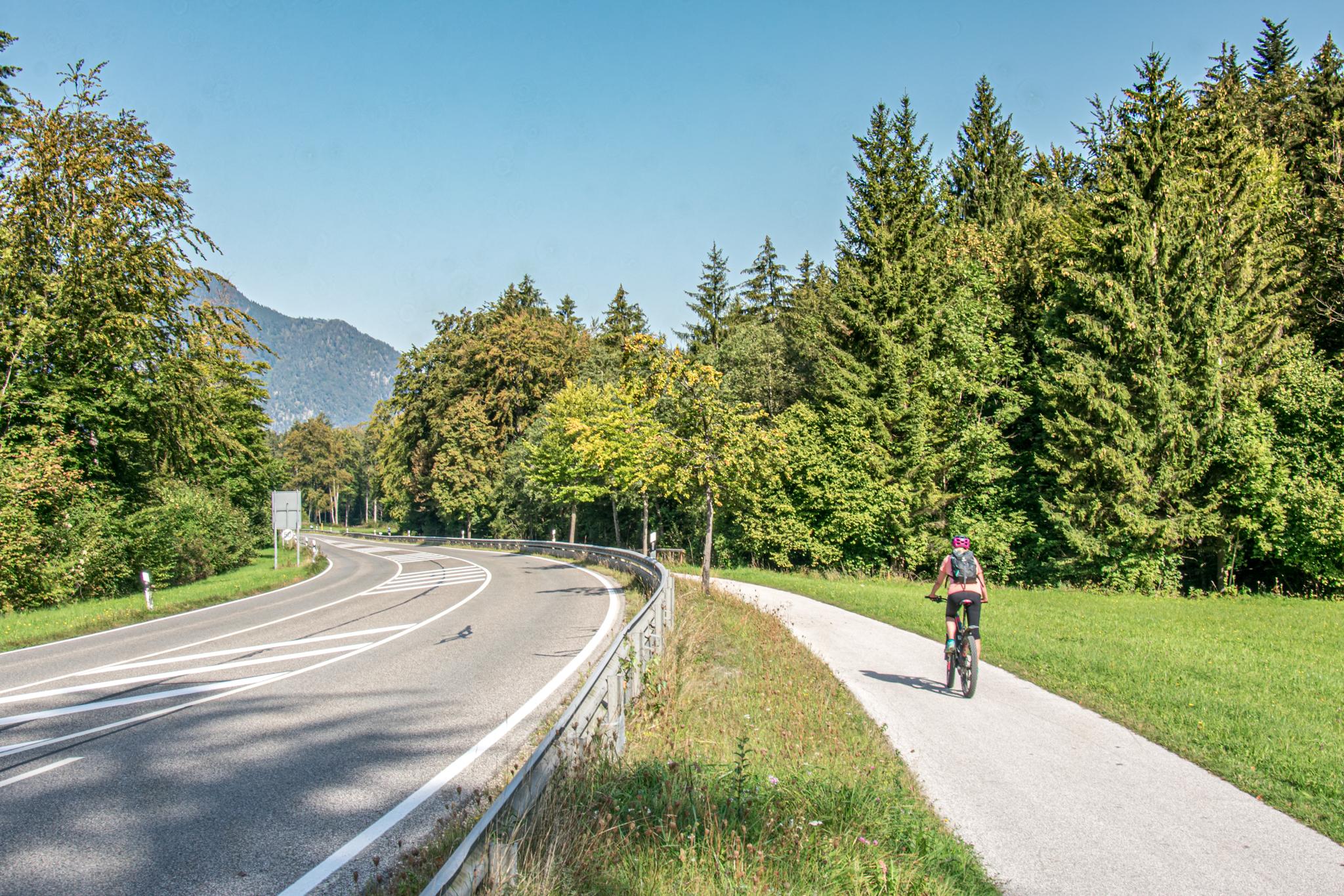 Der Radweg nach Bayerisch Gmain