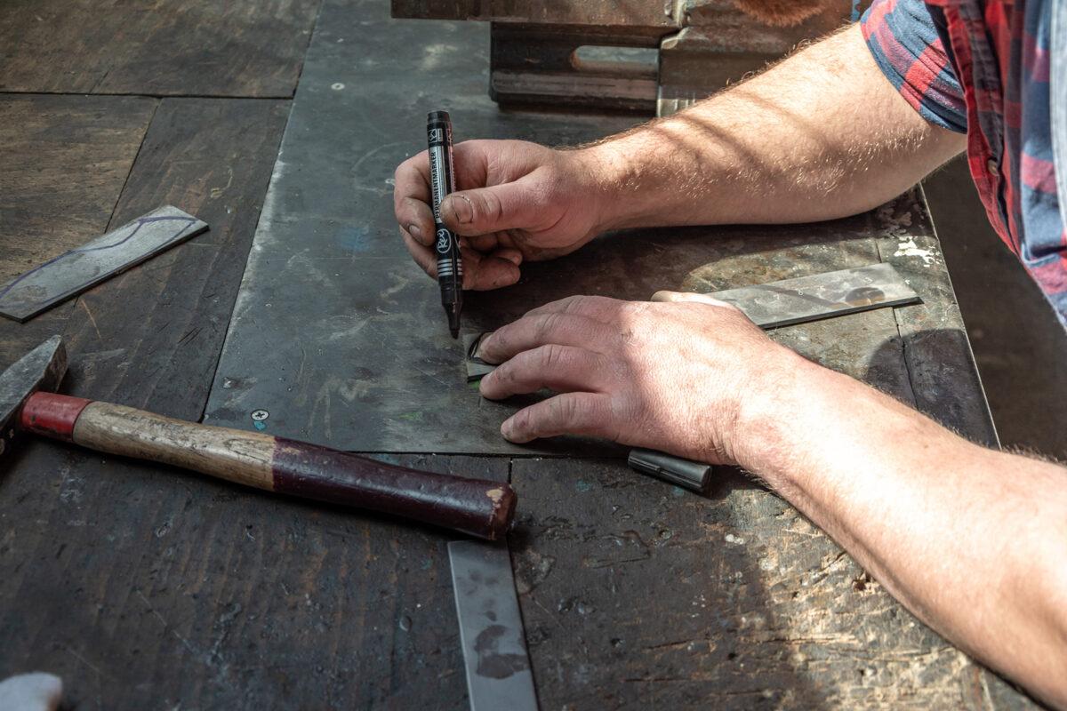 In der Werkstatt vom Messer Sepp