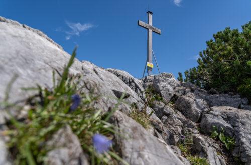 Das Gipfelkreuz des Litzlkogels